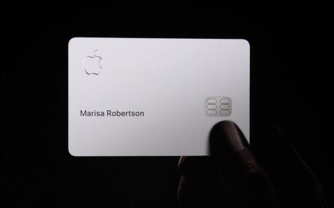 「翻开最强神之信用卡」!Apple Card 拥有潮流外观又兼具「十大外挂功能」!